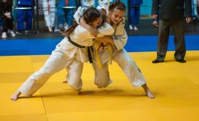 Overcoming the barriers to girls participating in sports